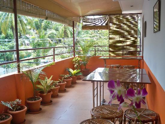 Sajhome: balcony