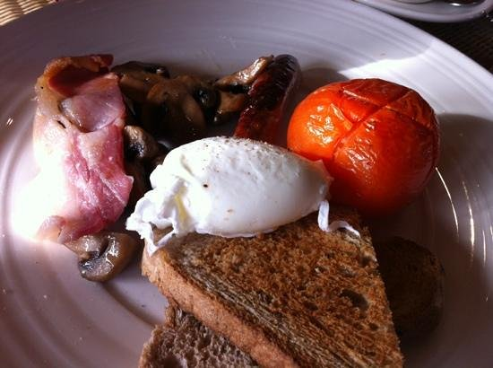 Ludlow Food Centre: The overpriced full breakfast