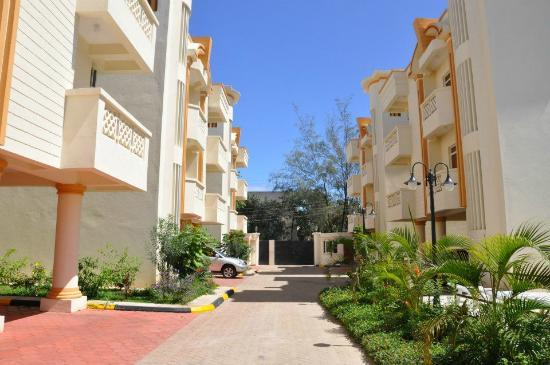 Nesma Homes: Suites exterior view