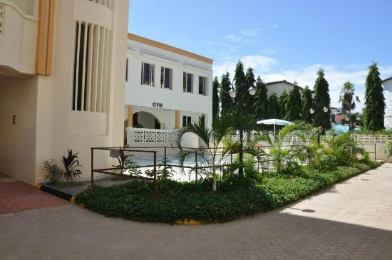 Nesma Homes: Pool area, suites wing