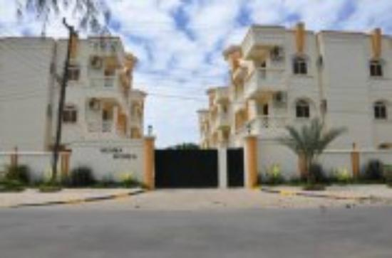 Nesma Homes: Exterior view, suites wing