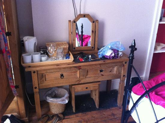 The Fairhaven Bed and Breakfast: Dressing table