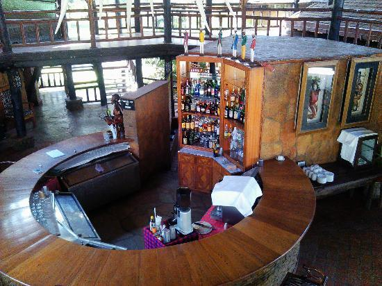 Ol Tukai Lodge: The bar