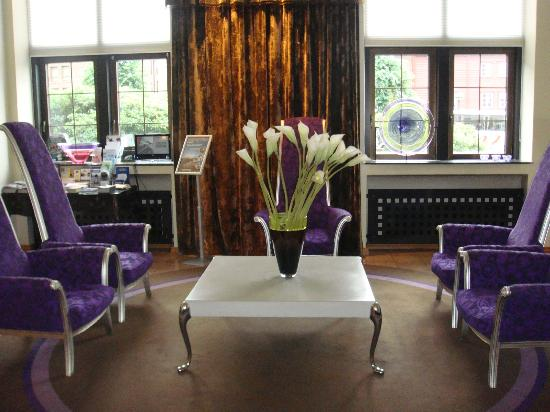 Clarion Collection Hotel Havnekontoret: modern reception