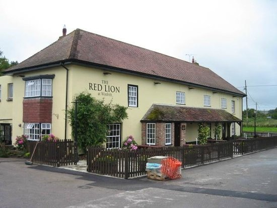The Red Lion: The Pub