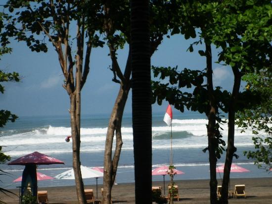 Anantara Seminyak Bali Resort: The beach