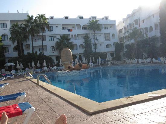 Sol Cala d'Or by Melia Apartamentos: the pool area