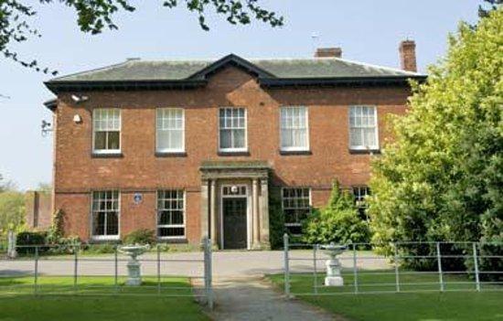 Wolverhampton, UK: Bantock House Museum 