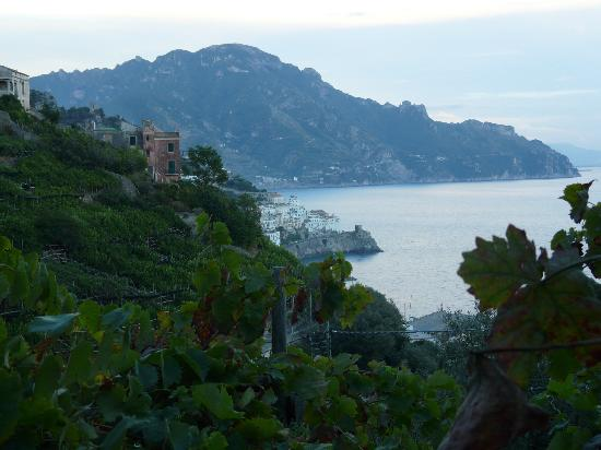 Villa Rina Country House Amalfi: View from our room to Amalfi