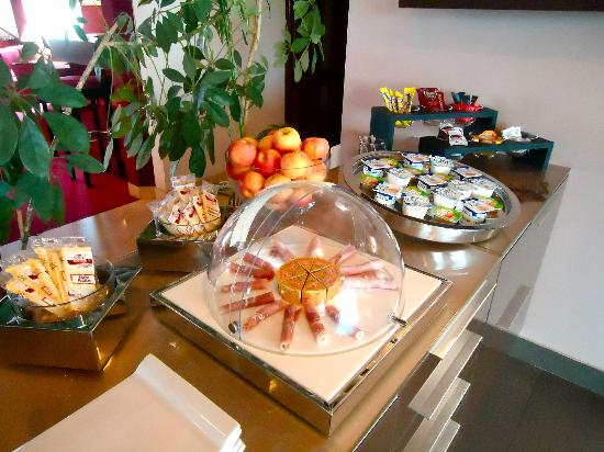 hotel Chantereyne : Buffet continental