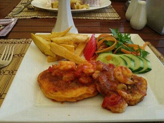 Sea Horse: just a snack prawn and mushroom pancake delicious!!