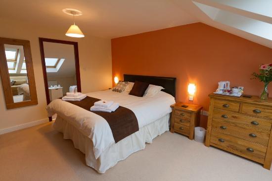 Oakdene Bed & Breakfast: Superking Room 1