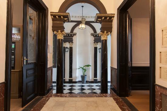Hotel Geeraard: Hall