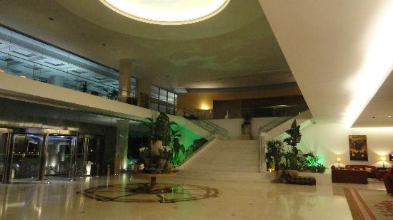Hotel Cascais Miragem: lobby