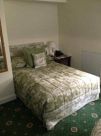 Villa Rothschild Kempinski: Second bedroom in family suite