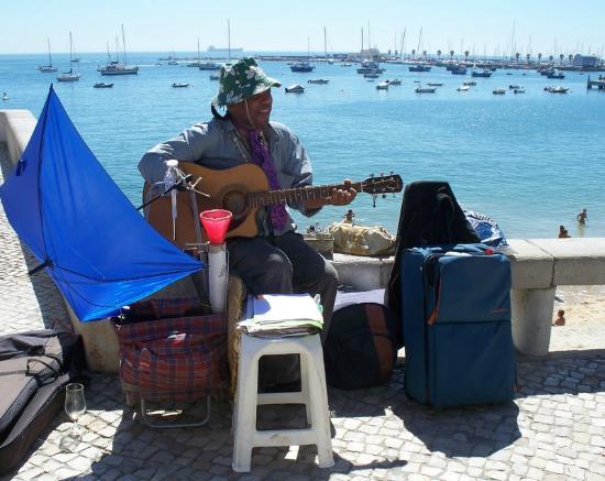 Music Bar Restaurante: Tilfældig underholdning ved Musik Bar