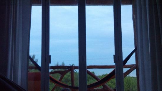 Casa Blat Ha: Vista al mar desde el interior de la habitación