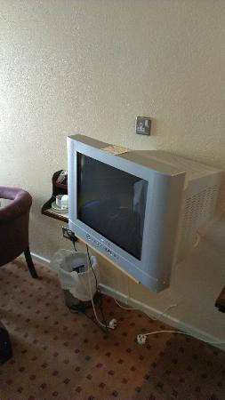 Westlodge Hotel: Old TV that probably wont work after 24th October when analog signal is being switched off