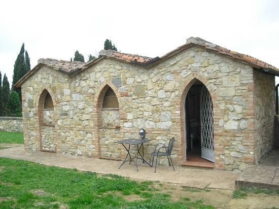 Villa Catignano: Our villa at the back