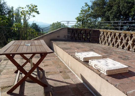 Villa Collepere: La terrazza di una suite