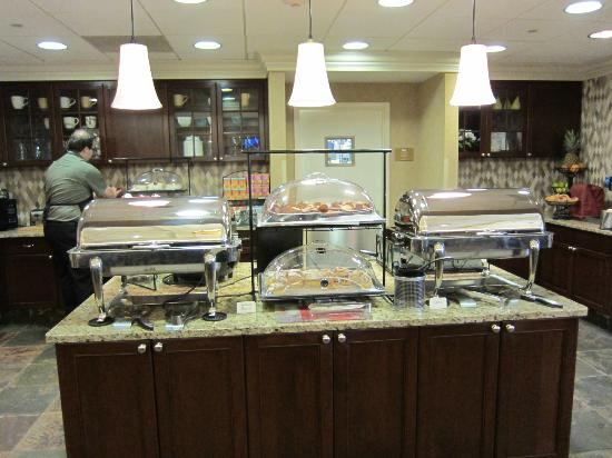 Homewood Suites by Hilton Albany : Breakfast
