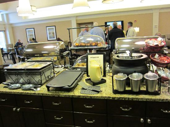 Homewood Suites by Hilton Albany: Breakfast