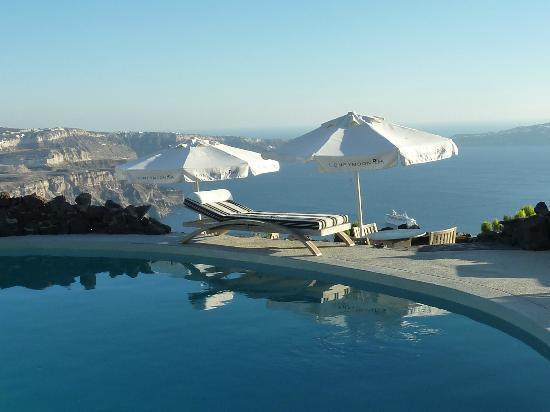 Honeymoon Petra Villas: Blick auf die Caldera