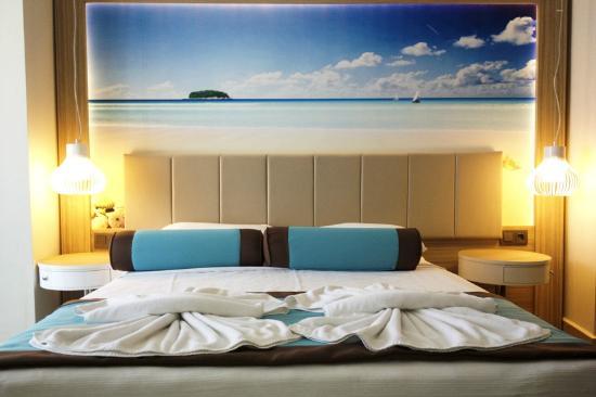 Blue Bay Platinum Hotel: Our room.
