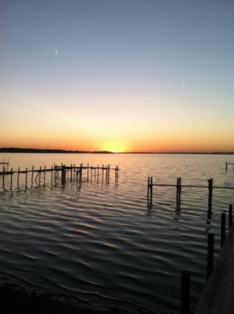 South Shore Inn - Clear Lake: Clear Lake at sunset
