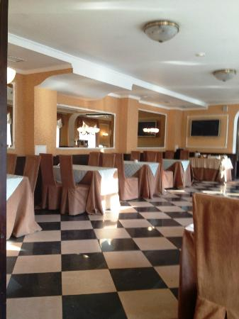 Asteria Hotel: Dining Room