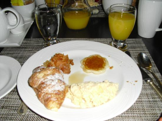 Bracewells: Buffet Breakfast