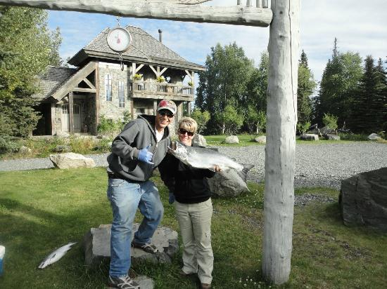 Tower Rock Lodge: Save yourself....if Money tells you how much the fish weighs, just trust him!!! ;-)