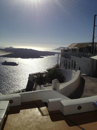 Aria Suites: View over the caldera