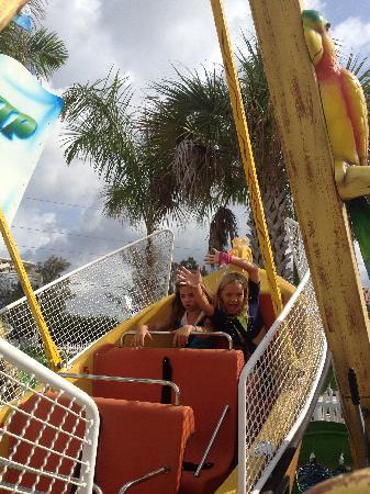 Zoomers Amusement Park: Ahoy, mateys!
