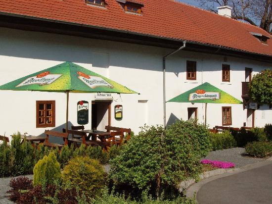Hotel Meritum: Summer Garden