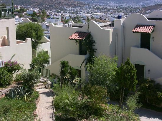 Dedeman Club Bodrum: Appartments and garden