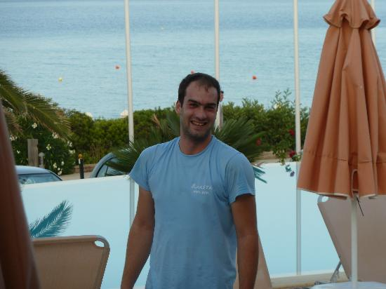 Anassa Hotel: Nick, he never stops !!!! Top Lad :-)