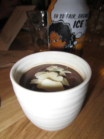 The Loving Hut : Mousse au chocolat