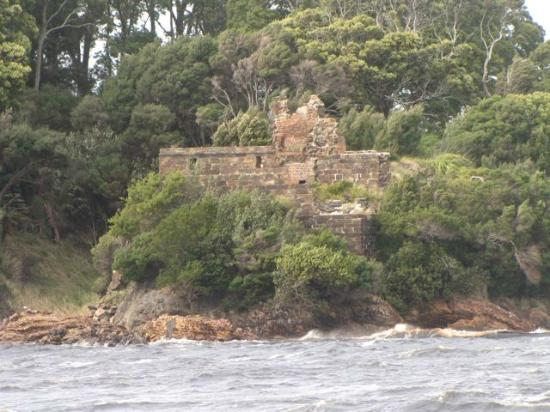 World Heritage Cruises: Sarah island