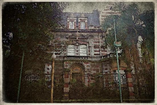 Palacio @ Alvear in Recoleta