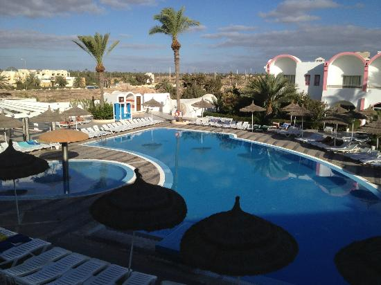 Club Jumbo Djerba: Pool in the morning