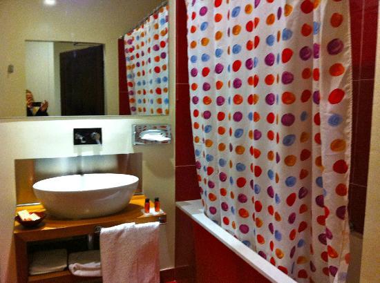 Il Chiostro del Carmine: hotel bathroom