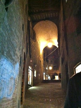 Il Chiostro del Carmine: the town