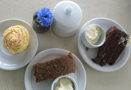 Doolin Cave : delicious home-made cakes at the cafe