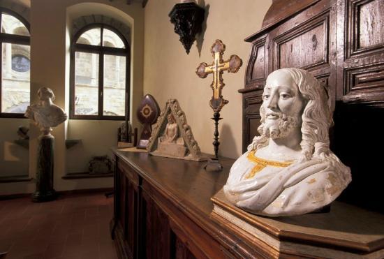 Ivan Bruschi House & Museum: Giovanni Della Robbia