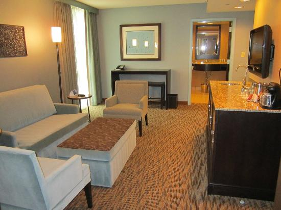 Crowne Plaza Lombard Downers Grove : CEO Suite Parlor