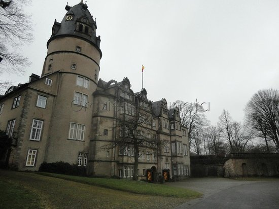 Detmold, Duitsland: Schloss in winter