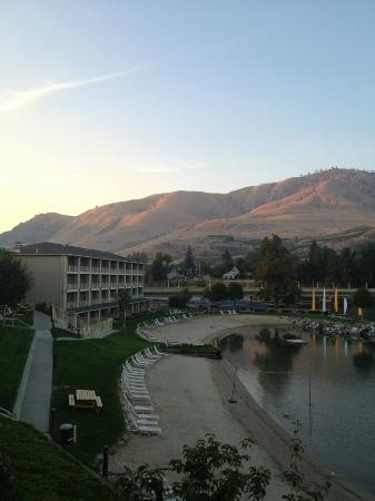 Campbell's Resort on Lake Chelan: View from balcony room 3253