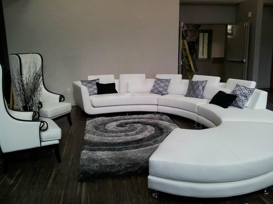 Home Inn & Suites - Swift Current Lobby