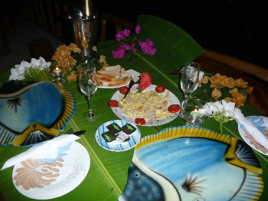 Omusee Guesthouse: Our honeymoon Candlelight dinner